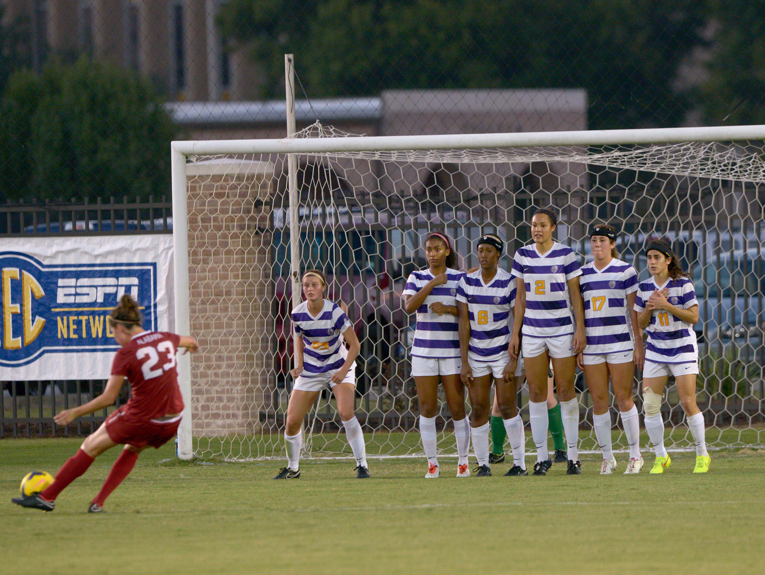 096_PhotoFolio_LSU_Soccer_vs_Alabama_JF_04