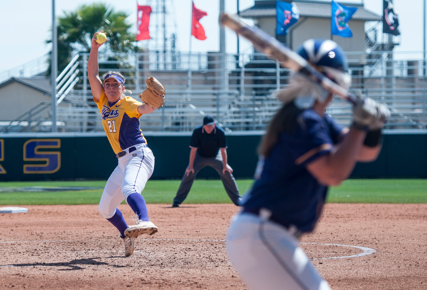 099_PhotoFolio_LSUsoftball